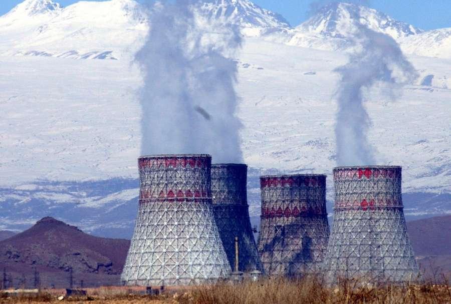 Ситуация с кредитом для Армянской АЭС ставит страну на путь к кризису