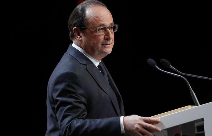 Опрос: рейтинг Олланда во Франции установил очередной антирекорд