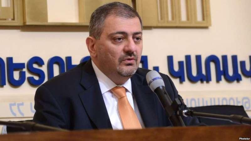 Вице-премьер Армении Ваче Габриелян отправился с рабочим визитом в Лондон