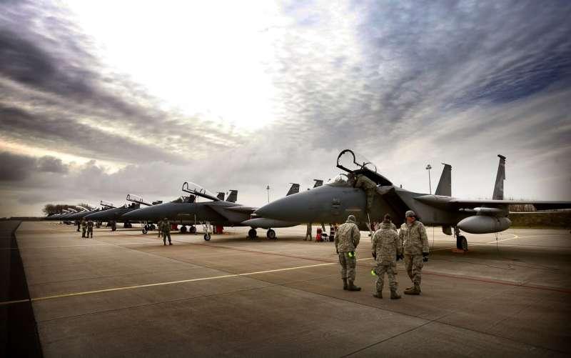 Истребители США на временной основе будут размещены на авиабазе в Финляндии