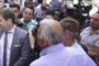 Բողոքի ակցիա՝ կառավարության մոտ. Հանդիպում են պահանջում վարչապետի հետ