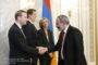 Նիկոլ Փաշինյանն ընդունել է Իլ դը Ֆրանսի շրջանային խորհրդի նախագահ Վալերի Պեկրեսին