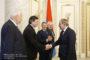 Փաշինյանը համանախագահներին ներկայացրել է Ալիևի հետ դավոսյան  հանդիպման մանրամասները