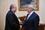 Արմեն Սարգսյանը հանդիպել է Հայկական բարեգործական ընդհանուր միության նախագահ Պերճ Սեդրակյանի հետ
