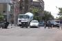 Երևանում բնակիչներն աղբամաններով ու քարերով փակել էին փողոցը