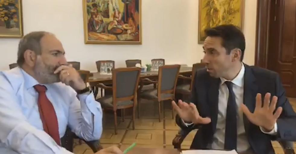 Դրանք նո՞ր են, յուղը վրան մեքենանե՞ր են. Փաշինյանն ու Մարությանը  քննարկեցին Երևանում աղբահանության հարցը