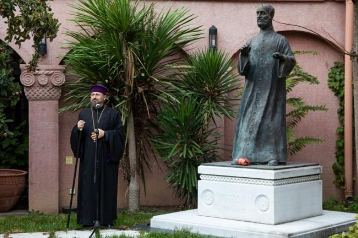Թուրքիայում տեղադրվել է Կոմիտասի արձանը