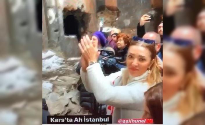 Տեսանյութ. Թուրք նախարարի կնոջ տգեղ արարքը Անիի Մայր տաճարում.պարզապես փորձել է ստուգել եկեղեցու ակուստիկան