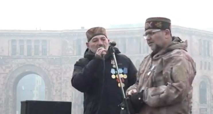 Տեսանյութ.Եթե կան մարդիկ, ովքեր եկել են զենքով, խնդրում ենք անհապաղ հեռանալ