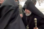 Կաթողիկոսը զայրացավ Եռաբլուրում՝ հուզված ձայնով լրագրողներին խնդրելով թույլ տալ աղոթել
