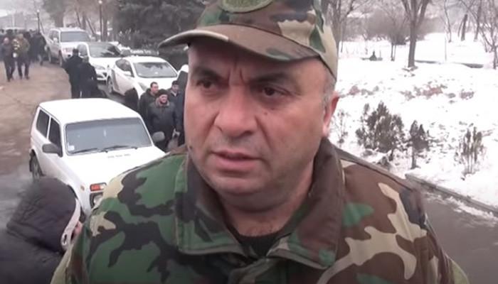 Պահանջեք ազատ արձակել Վահան Բադասյանին, զոհվածներին չեք օգնի, ողջերին օգնեք…