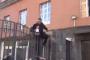 Լարված իրավիճակ՝ ԵՊՏՀ-ի մոտ. քաղաքացին դարպասի վրայից ներս մտավ. ժամանել են կարմիր բերետավորները