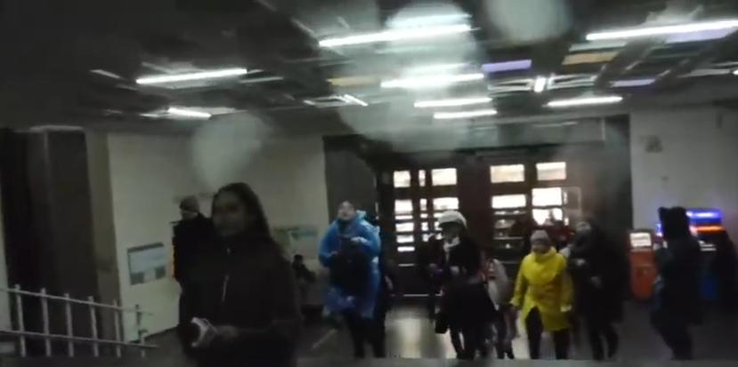 Տեսանյութ.Մենք չենք եկել շենքը գրավելու. ՀՅԴ–ականները մտել են կառավարության 3-րդ մասնաշենք