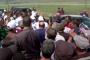 Նիկոլ Փաշինյանին դիմավորող երեխաներից մեկը՝ կանեփի տերևներով գլխարկով /Տեսանյութ/